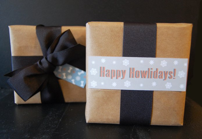 custom pet theme gift wrap and tags - upclose