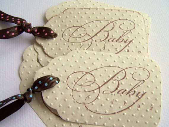 textured-dotted-baby-gift-tags