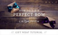 how-to-tie-the-perfect-bow-tutorial-feature-image-4-pretty-present-blog