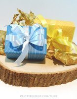 up-close-view-of-blue-and-yellow-fall-themed-gift-wrap-free-download-by-prettypresent-blog